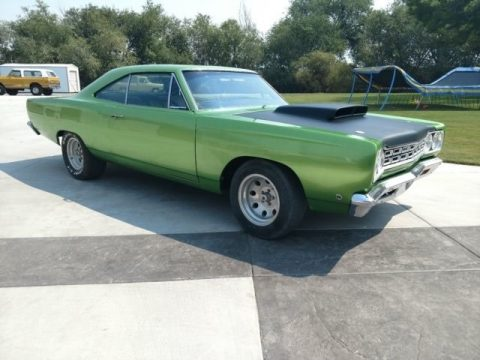 Green Plymouth Roadrunner Coupe.  Click to enlarge.