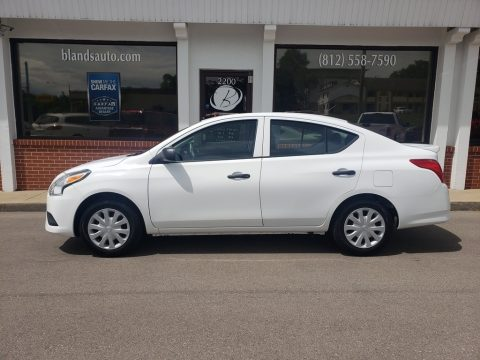 Fresh Powder Nissan Versa 1.6 S Sedan.  Click to enlarge.