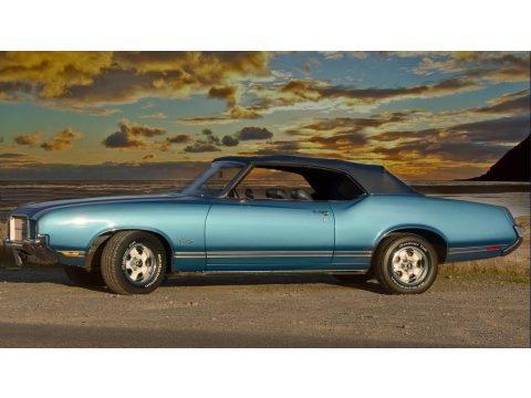 Viking Blue Oldsmobile Cutlass Supreme Convertible.  Click to enlarge.