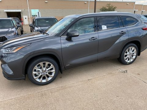 Magnetic Gray Metallic Toyota Highlander Hybrid Limited AWD.  Click to enlarge.