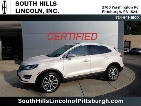 White Platinum Lincoln MKC Select AWD.  Click to enlarge.
