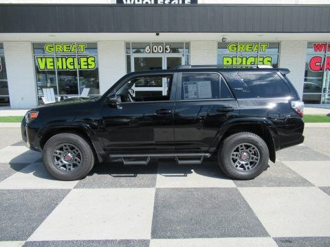 Midnight Black Metallic Toyota 4Runner TRD Off-Road Premium 4x4.  Click to enlarge.