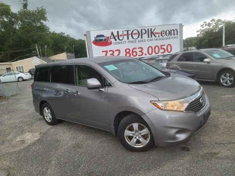 Brilliant Silver Nissan Quest 3.5 SV.  Click to enlarge.