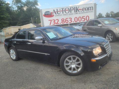 Brilliant Black Chrysler 300 C HEMI.  Click to enlarge.