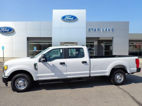 Oxford White Ford F250 Super Duty XL Crew Cab.  Click to enlarge.