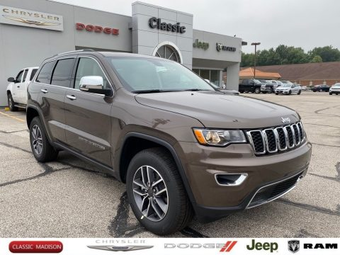 Walnut Brown Metallic Jeep Grand Cherokee Limited 4x4.  Click to enlarge.