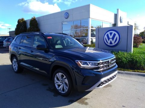 Tourmaline Blue Metallic Volkswagen Atlas SE 4Motion.  Click to enlarge.