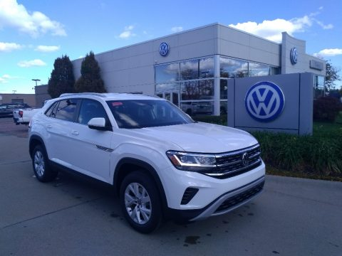 Pure White Volkswagen Atlas Cross Sport S 4Motion.  Click to enlarge.