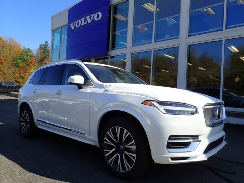 Crystal White Metallic Volvo XC90 T8 eAWD Momentum Plug-in Hybrid.  Click to enlarge.