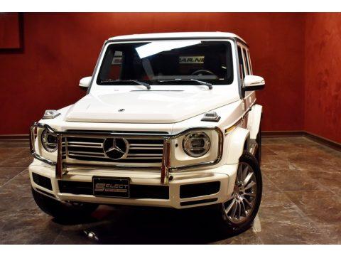 Polar White Mercedes-Benz G 550.  Click to enlarge.