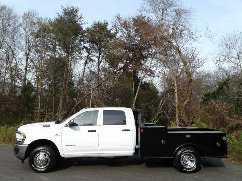 Bright White Ram 3500 Tradesman Crew Cab 4x4 Chassis.  Click to enlarge.