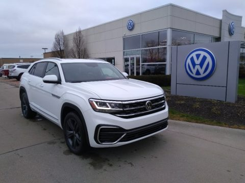 Pure White Volkswagen Atlas Cross Sport SE Technology R-Line 4Motion.  Click to enlarge.
