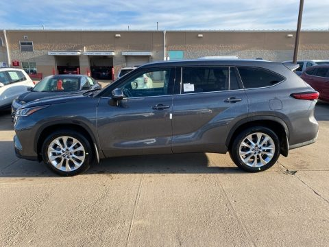 Magnetic Gray Metallic Toyota Highlander Limited AWD.  Click to enlarge.