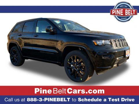 Diamond Black Crystal Pearl Jeep Grand Cherokee Laredo 4x4.  Click to enlarge.