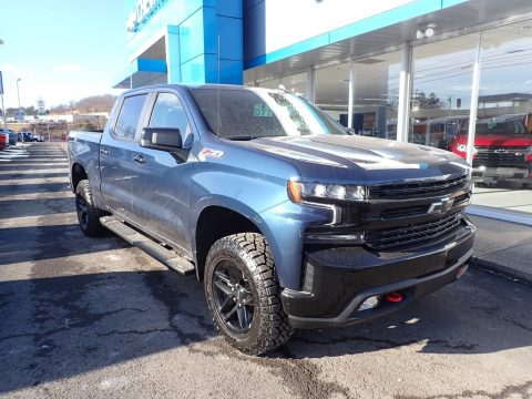 Northsky Blue Metallic Chevrolet Silverado 1500 LT Trail Boss Crew Cab 4x4.  Click to enlarge.