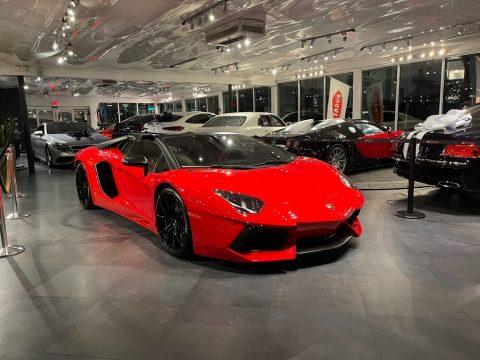 Rosso (Red) Lamborghini Aventador LP 700-4.  Click to enlarge.