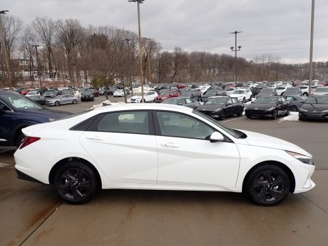 Quartz White Hyundai Elantra SEL.  Click to enlarge.