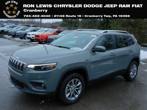 Sting-Gray Jeep Cherokee Latitude Lux 4x4.  Click to enlarge.