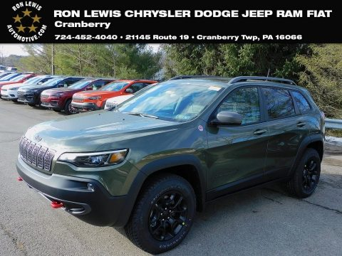 Olive Green Pearl Jeep Cherokee Traihawk 4x4.  Click to enlarge.
