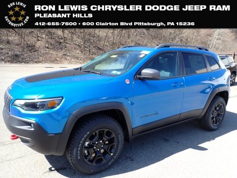 Hydro Blue Pearl Jeep Cherokee Traihawk 4x4.  Click to enlarge.