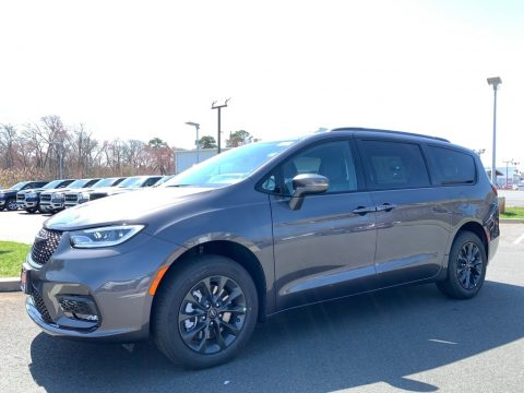 Chrysler Pacifica Touring L AWD
