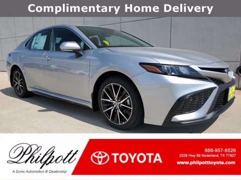 Celestial Silver Metallic Toyota Camry SE.  Click to enlarge.