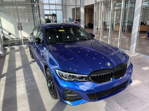 Portimao Blue Metallic BMW 3 Series 330i xDrive Sedan.  Click to enlarge.