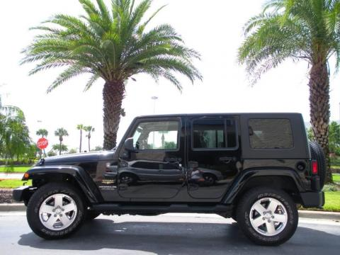 Black 2009 Jeep Wrangler Unlimited Sahara 4x4 with Dark Slate Gray/Medium