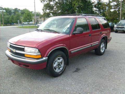 Apple Red Chevrolet Blazer LS 4x4.  Click to enlarge.