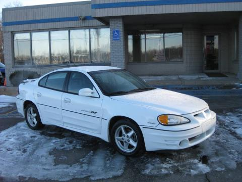 Arctic White 2001 Pontiac Grand Am GT Sedan with Pewter interior Arctic