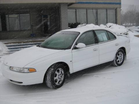 Arctic White 1999 Oldsmobile Intrigue GLS with Neutral interior Arctic White