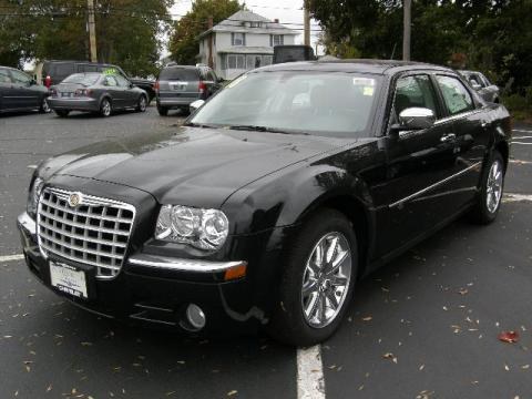 Brilliant Black Crystal Pearl 2008 Chrysler 300 C HEMI with Dark Slate Gray