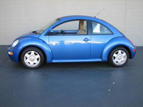 Techno Blue Metallic 1998 Volkswagen New Beetle 2.0 Coupe with Beige