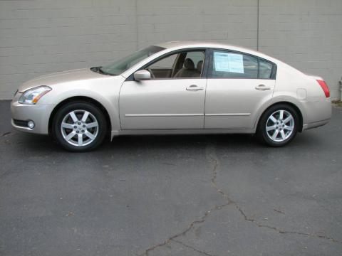 Coral Sand Metallic 2005 Nissan Maxima 3.5 SL with Cafe Latte interior Coral