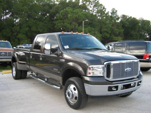 Dark Stone Metallic Ford F350 Super Duty Lariat Crew Cab 4x4 Dually.  Click to enlarge.
