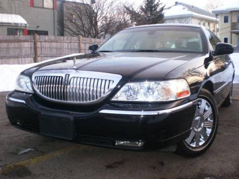 Black 2003 Lincoln Town Car Cartier with Medium Dark Parchment/Light