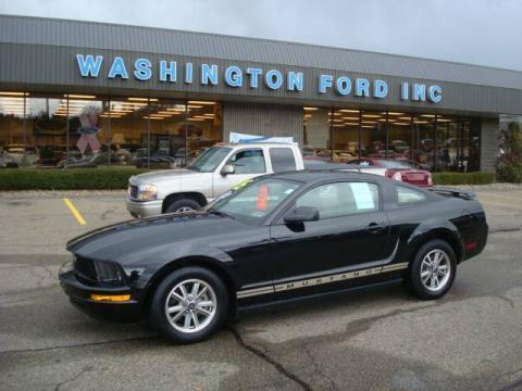 used 2005 ford mustang v6 deluxe coupe for sale stock z6229 dealer car ad. Black Bedroom Furniture Sets. Home Design Ideas