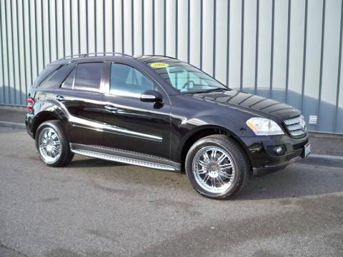 Black Mercedes-Benz ML 320 CDI 4Matic.  Click to enlarge.