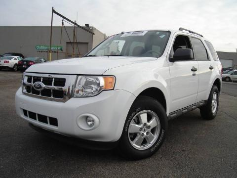 White Suede 2009 Ford Escape XLT V6 4WD with Charcoal interior White Suede