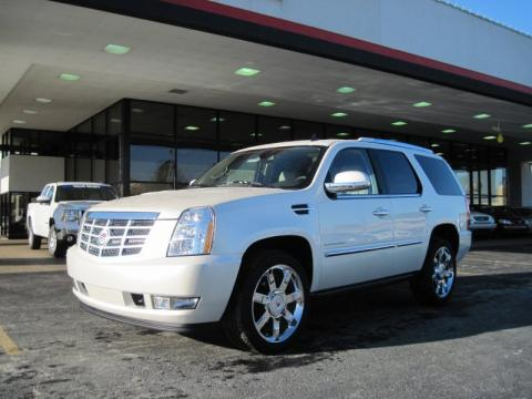 White Diamond 2010 Cadillac Escalade Premium AWD with Cashmere/Cocoa
