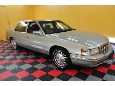 Cadillac Deville 1997. 1997 Cadillac DeVille