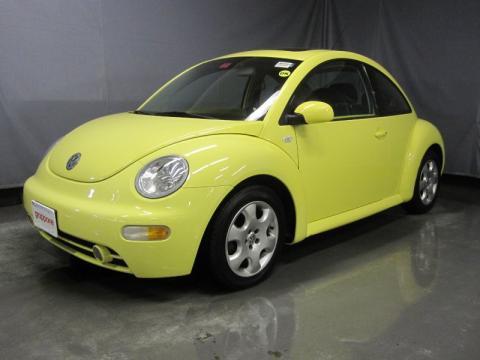 Volkswagen New Beetle Yellow. 2003 Volkswagen New Beetle