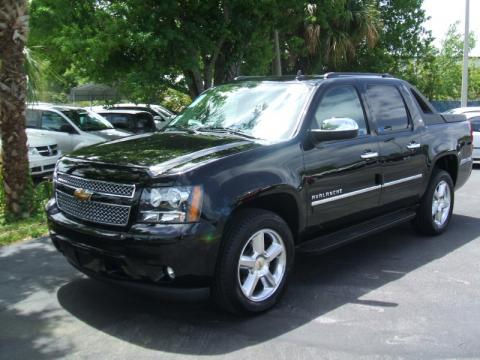 new 2010 chevrolet avalanche ltz 4x4 for sale stock t0143 dealer car ad. Black Bedroom Furniture Sets. Home Design Ideas