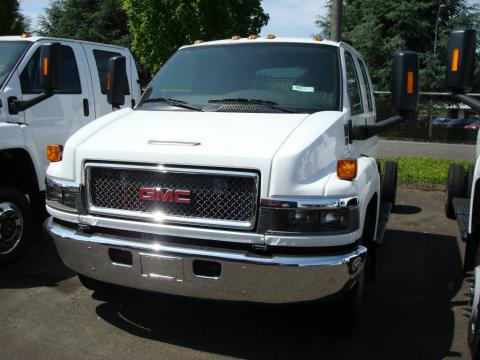 Summit White GMC C Series Topkick C5500 Crew Cab Chassis.  Click to enlarge.