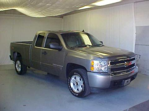 Graystone Metallic Chevrolet Silverado 1500 LT Z71 Extended Cab.  Click to enlarge.