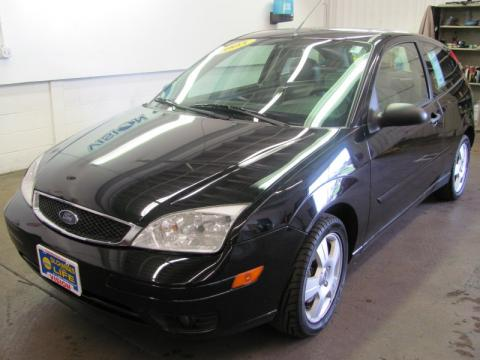 used 2005 ford focus zx3 ses coupe for sale stock frp3621 dealer car ad. Black Bedroom Furniture Sets. Home Design Ideas