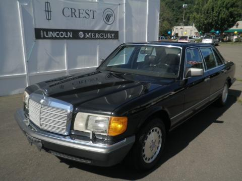 Black Mercedes-Benz S Class 560 SEL.  Click to enlarge.