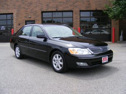 Black Toyota Avalon XLS. Click To Enlarge.