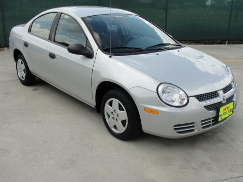 Bright Silver Metallic Dodge Neon SE.  Click to enlarge.