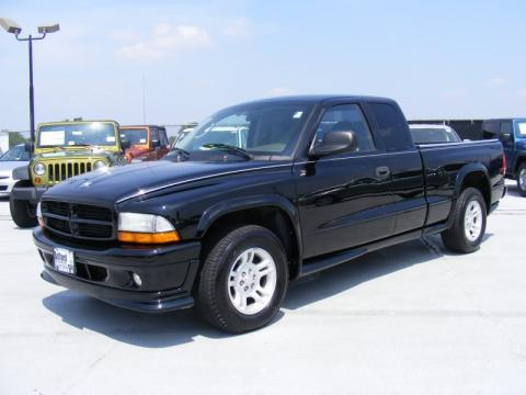 Black Dodge Dakota Stampede Club Cab.  Click to enlarge.